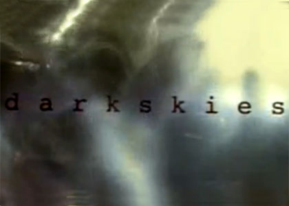 Dark skies, l'impossible vérité