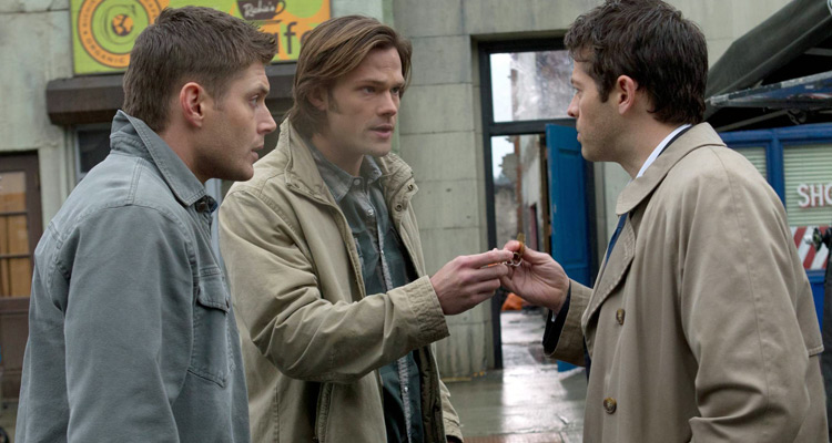 Supernatural :  Sam et Dean Winchester arrivent sur 6ter après Witches of east end