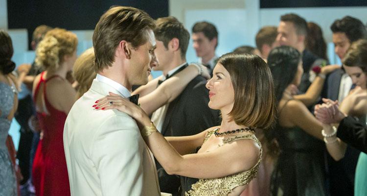 Coup de foudre avec une star tf1 shenae grimes beech 90210 beverly hills idol tr e par le - Le film coup de foudre a bollywood ...
