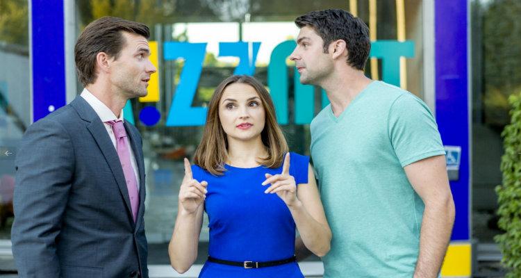Maman 2.0 (TF1) : Rachael Leigh Cook courtisée par Travis Milne (Rookie Blue) sous le regard de Lucas Bryant (Haven)