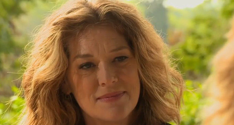 Les Mystères de l'amour : Rochelle Redfield (Johanna) aux côtés de Didier Bourdon avant son grand retour