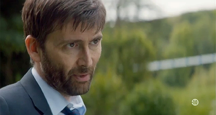 Audiences du 23 octobre : Joséphine ange gardien leader, carton pour Broadchurch