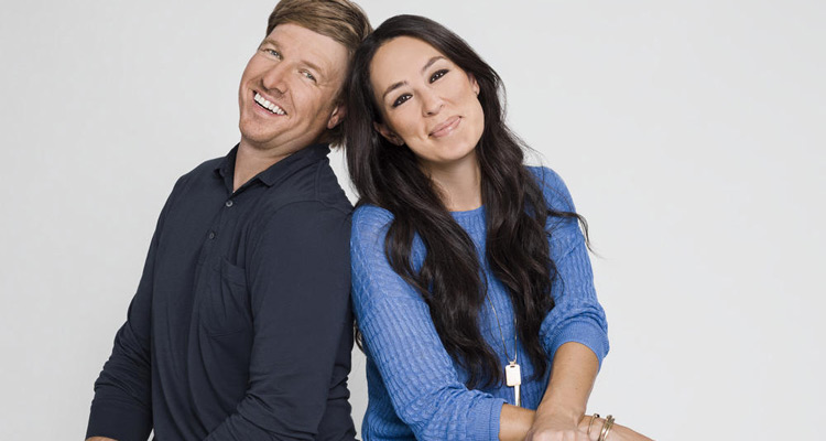 total renovation qui sont chip et joanna gaines le duo gagnant de nt1 toutelatele. Black Bedroom Furniture Sets. Home Design Ideas