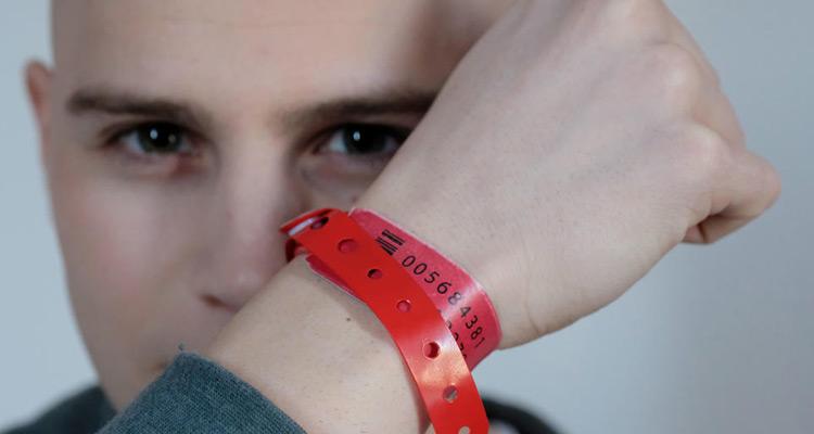 Les Bracelets Rouges Tf1 Une Saison 2 Pour Clement Et Thomas