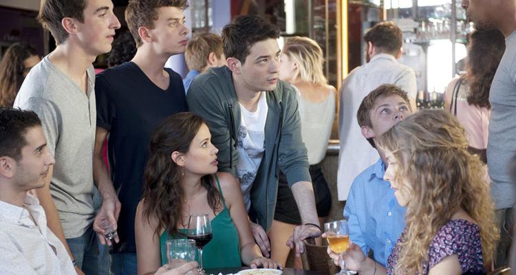 Elodie Fontan (Clem, saison 8) : « Alyzée et Clem vont être confrontées à l'harcèlement de rue »