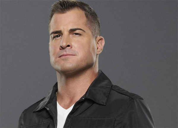 Nick Stoke dans Les Experts (George Eads)