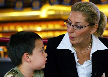 Super nanny 26 01 2010 episode 4 m6 dr toutelatele - Regle de la maison super nanny ...