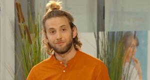 Jean-Baptiste Sagory (Les Mystères de l'amour, saison 23): «Sylvain va inventer une histoire de drogue pour éloigner Alex de Fanny»