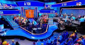 Audiences TV access (jeudi 02 juillet 2020): N'oubliez pas les paroles et Demain nous appartient stabilisés, Stéphane Plaza en baisse sur M6
