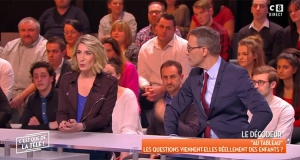C'est que de la télé / William à midi : Julien Courbet booste l'audience de C8, William Leymergie à la peine