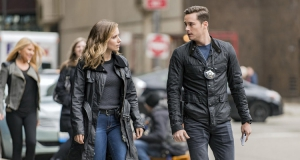 Chicago Police Department, saison 4 : Platt agressé, Voight en danger, ce qui attend Sophia Bush sur TF1