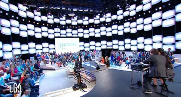 Audiences Access (19 au 23 septembre 2016) : Le Grand Journal au fond du gouffre, Secret Story en hausse