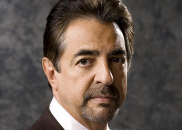 Esprits Criminels > Joe Mantegna, le David Rossi de la série