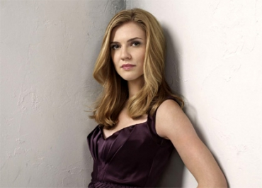 Remerciée de Vampire Diaries, Sara Canning rejoint Supernatural