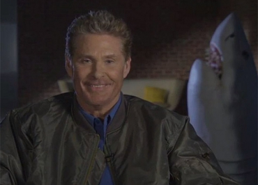 Sharknado 3 : David Hasselhoff face à la tornade de requins